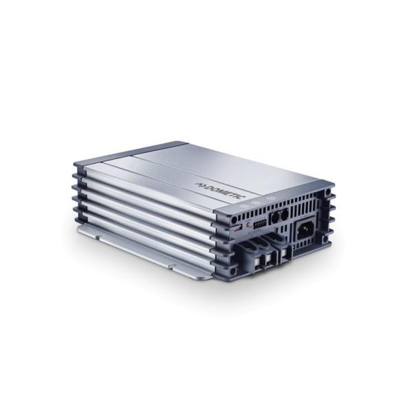 DOMETIC MCA2415 PerfectCharge 15A/24V Batterieladegerät